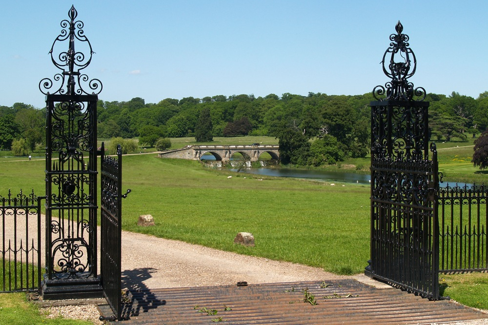 photoblog image Kedleston Bridge  1 of 5