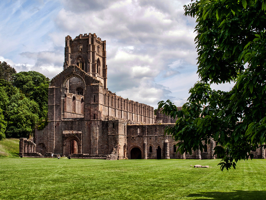 photoblog image Fountains Abbey 1/9