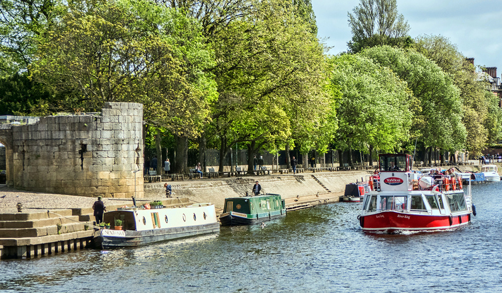 photoblog image York - On The River 4/7