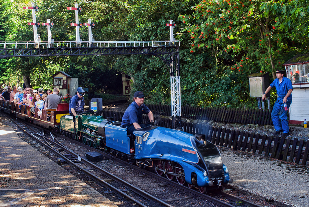 photoblog image Stapleford Park Miniature Railway 4/5