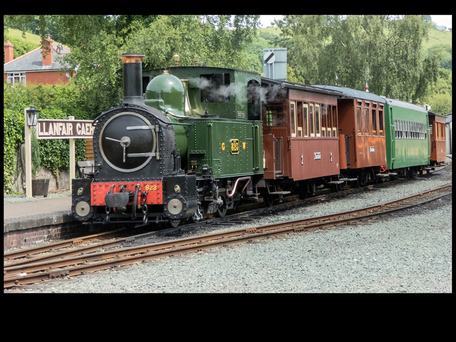 photoblog image Welshpool And Llanfair Railway 1/7